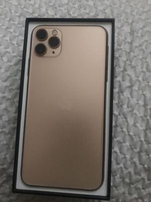 iPhone 11 pro Max for Sale in Bismarck, ND