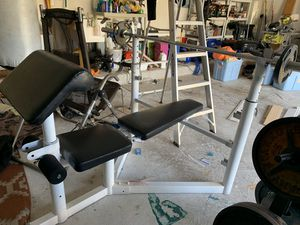 Weight bench with weights for Sale in Fort Lauderdale, FL