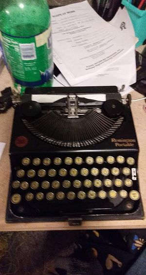 Rare antique portable typewriter (Remington portable) for Sale in Tomahawk, WI