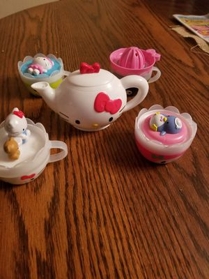 Entire hello kitty collection for Sale in North Tonawanda, NY