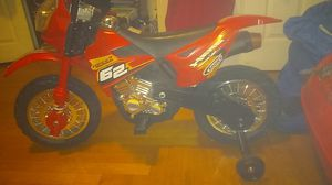 Electric powered ..Charge port included ..6 volt ..like brand new for Sale in Providence, RI