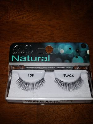 Eyelashes for Sale in Valley View, OH