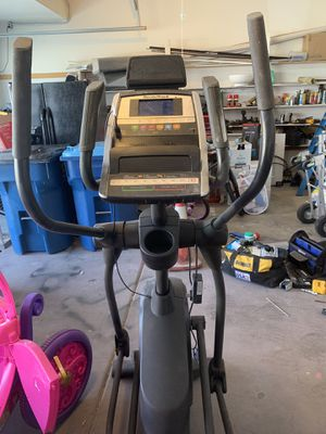 Nordictrack elliptical machine Used but works great Local Pickup for Sale in Las Vegas, NV