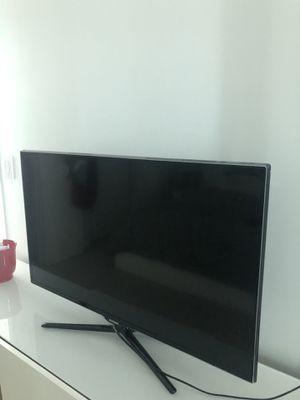 tv samsung 40 inch for Sale in Miami, FL