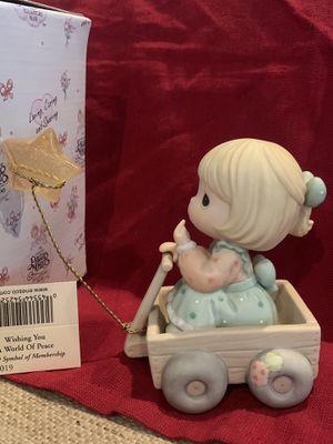 Rare Precious Moments Wishing you a world of Peace figurine for Sale in Punta Gorda, FL