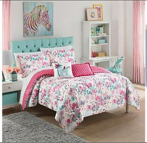 Waverly Kids Reverie Reversible 2 piece Comforter Set Twin for Sale in Orlando, FL