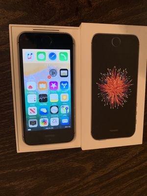 iPhone SE 16 gb full unlock to any carrier (new) for Sale in Los Angeles, CA