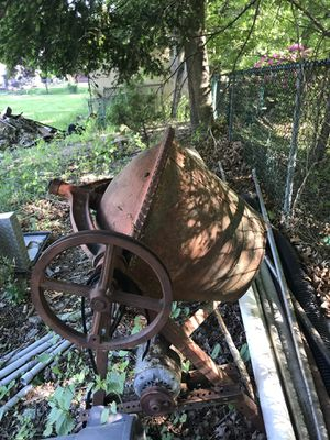 Cement mixer for Sale in Howell Township, NJ