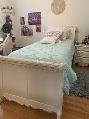 Complete bedroom set for Sale in Fremont, CA