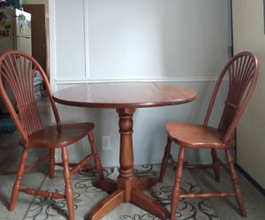 """SOLID WOOD 36"""" ROUND """"DROPLEAF"""" DINING ROOM TABLE & CHAIRS/ DINING ROOM SET for Sale in Kent, OH"""