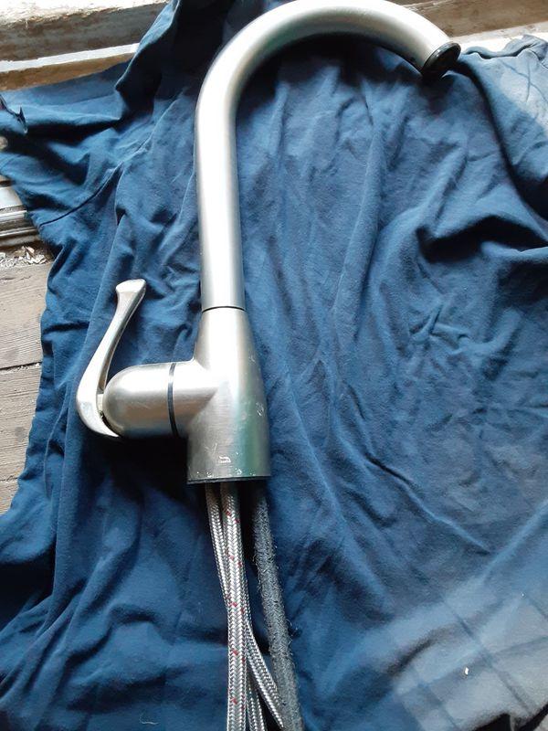 Cleanflo kitchen sink faucet