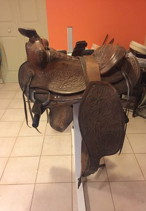 Western Horse Saddle. Leather for Sale in Framingham, MA
