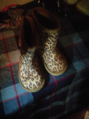 Boots size 7 girls for Sale in Memphis, TN