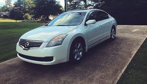 low mileage nissan altima 2008 automatic for Sale in St. Louis, MO