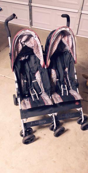 Double stroller for Sale in Del Rey, CA