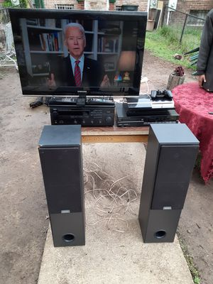 300 watts home entertainment system $400 cash App or Venmo Accepted for Sale in Washington, DC