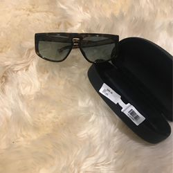 Givenchy Sunglasses for Sale in Jurupa Valley,  CA