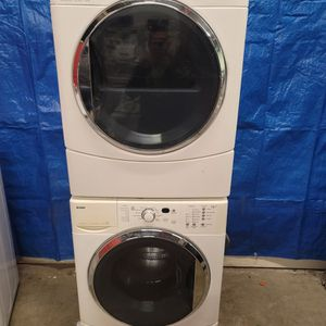 Kenmore Washer And Electric Dryer Set Good Working Condition Set For $299 for Sale in Wheat Ridge, CO