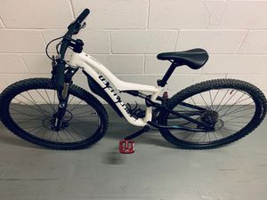 SPECIALIZED RUMOR size S 29´ wheels full suspended for Sale in New York, NY