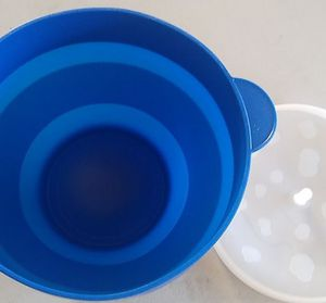 New. Microwave Silicone Popcorn Maker, Collapsible Bowl for Sale in Corona, CA