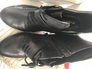 Size 10 woman's Shoe boot for Sale in Homewood, IL