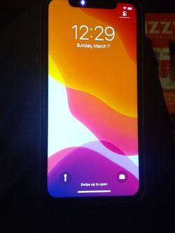 Apple Iphone 11 Black 128g At&T for Sale in Waco,  TX