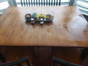 Kitchen table/no chairs for Sale in Farmington, UT