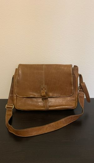 LL Bean Leather Messenger Bag for Sale in Fort Worth, TX