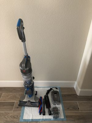 Hoover air cordless 20 volt lithium ion bagless upright vacuum cleaner for Sale in Stockton, CA