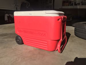 Ice chest cooler for Sale in Fullerton, CA