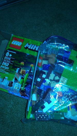 Minecraft 262 pcs lego set for Sale in Fort Washington, MD