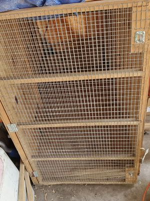 Dog cage 40 h 47 w for Sale in Redford Charter Township, MI