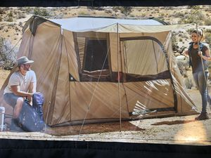 """CABIN-6 person """"excellent condition""""cabin tent for Sale in Paramount, CA"""