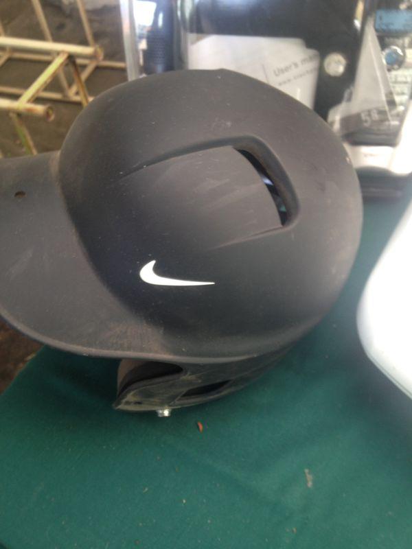 Nike softball baseball batting helmet