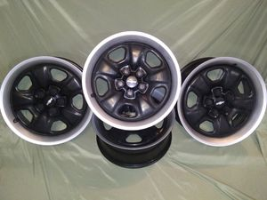 "18"" 2012 Camaro LS Rims for Sale in Imperial Beach, CA"