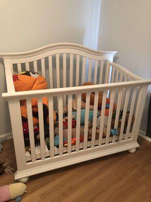 Baby crib for Sale in Newport News, VA