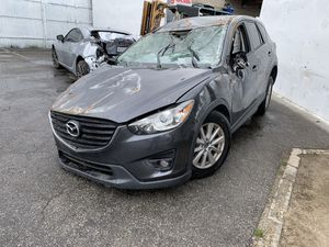 15 Mazda CX-5 FOR PARTS ONLY for Sale in Los Angeles, CA