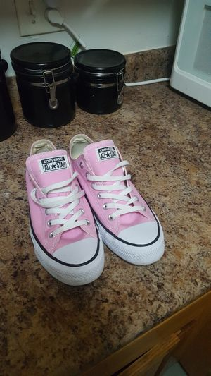 Pink womens chuck Taylor's converse for Sale in Boston, MA