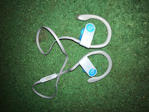 Power beats 3 Bluetooth headphones for Sale in Tampa, FL