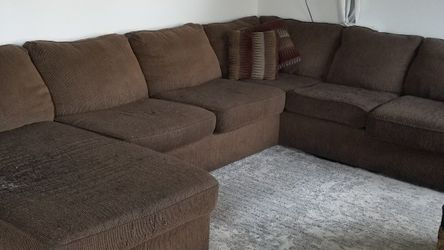 FREE: Used and Old- Must Go By Noon 3/4 for Sale in Vancouver,  WA
