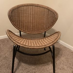 Pier 1 Wicker Accent Chair for Sale in Columbia, MO