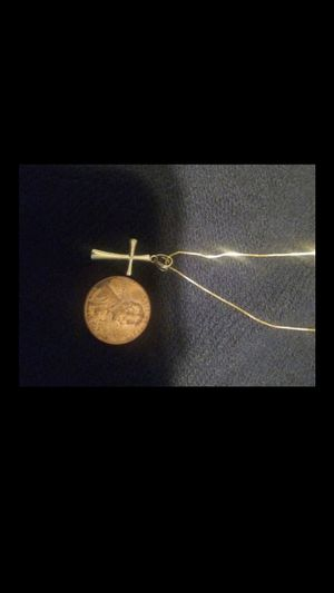 14kt gold thin box link chain with small cross 14kt for Sale in San Marcos, CA