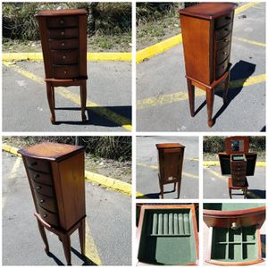 Jewelry Armoire for Sale in Mount Rainier, MD