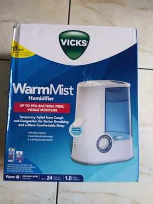 Vicks Humidifier warm mist. for Sale in San Diego, CA