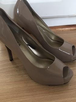 Guess High Heel Peep Toe Pumps Size 9.5 for Sale in Rockville,  MD