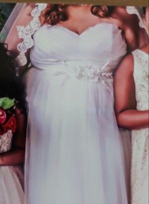 Wedding dress needs cleaning for Sale in Phoenix, AZ
