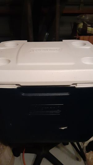 Coleman cooler for Sale in Southwest Ranches, FL
