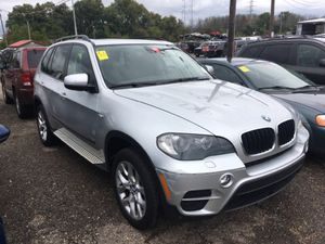 2011 BMW X5 ... 6500 DOWN .. NO CREFIT CBECK OR LOWER Down WITH CREDIT KING for Sale in Cleveland, OH