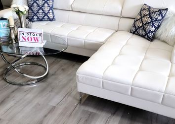 FREEE DELIVERY ‼️NEW WHITE SECTIONAL SOFA COUCH for Sale in Oviedo,  FL