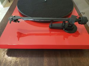 Rare 🍒 Red PRO-JECT Debut Carbon Audiophile Turntable for Sale in Roswell, GA